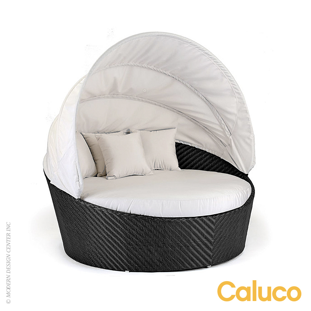 Dijon Round Daybed With Canopy | Caluco Patio Furniture | MetropolitanDecor