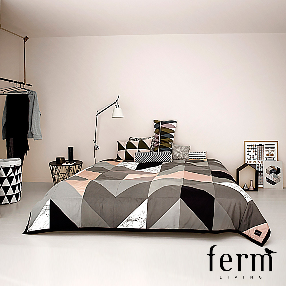 arrow bed cover ferm living metropolitandecor. Black Bedroom Furniture Sets. Home Design Ideas