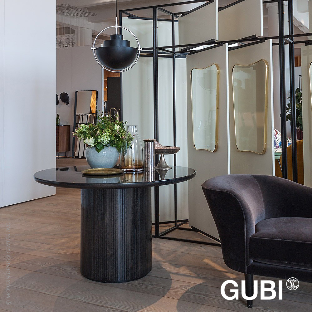 Moon Dining Table Round | Gubi