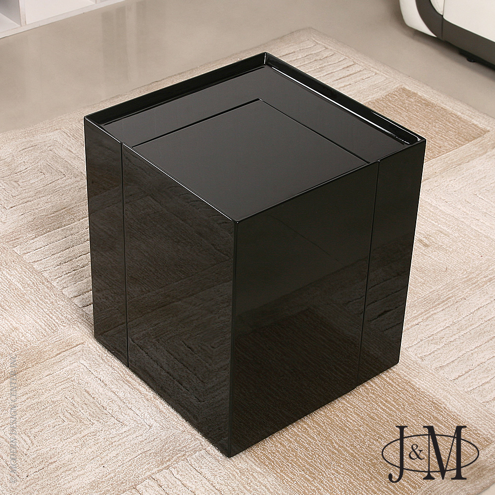 Modern black side table - Modern End Table Mini Bar P205b In Black Gloss J M Furniture