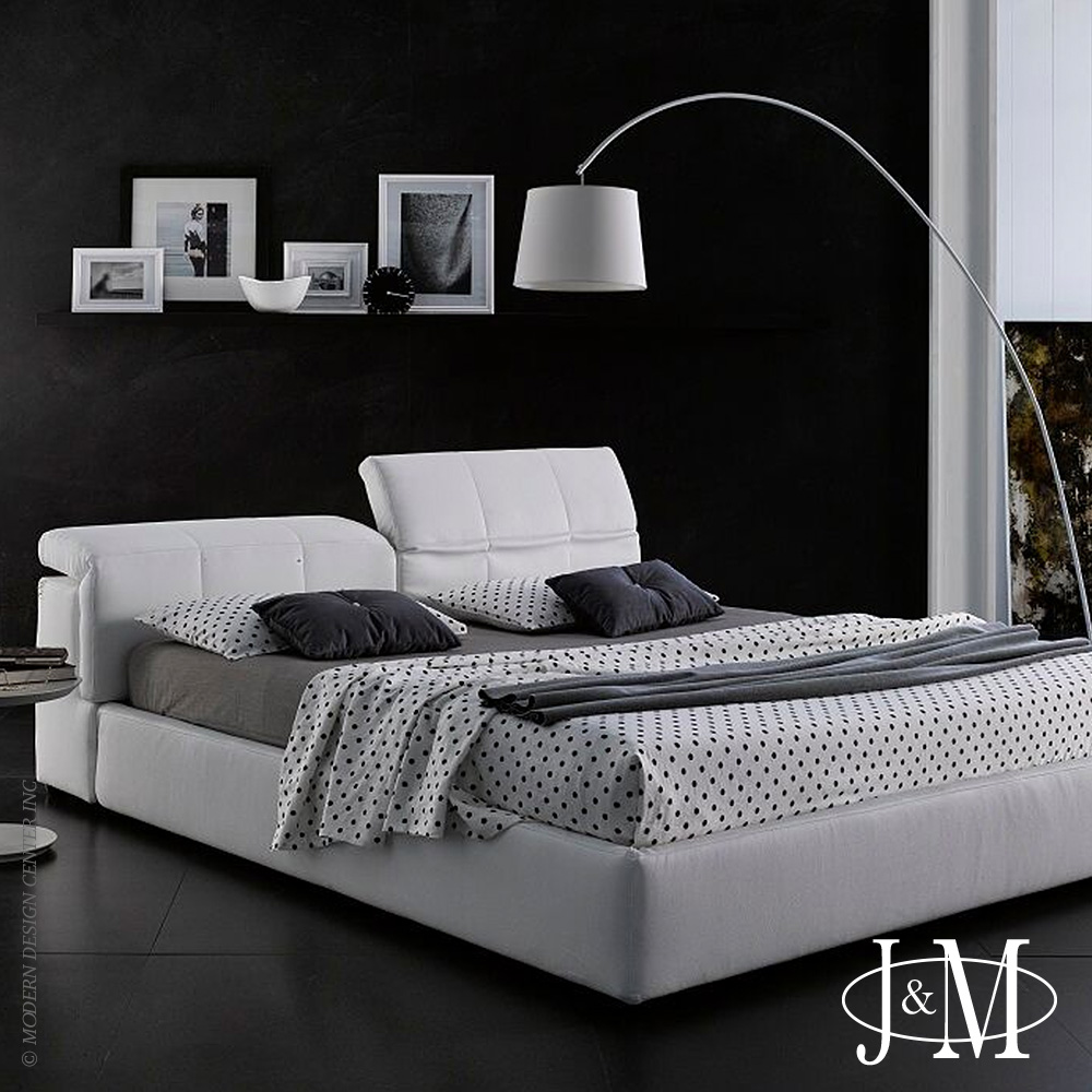 Tower King Bed D718 White | J&M Furniture