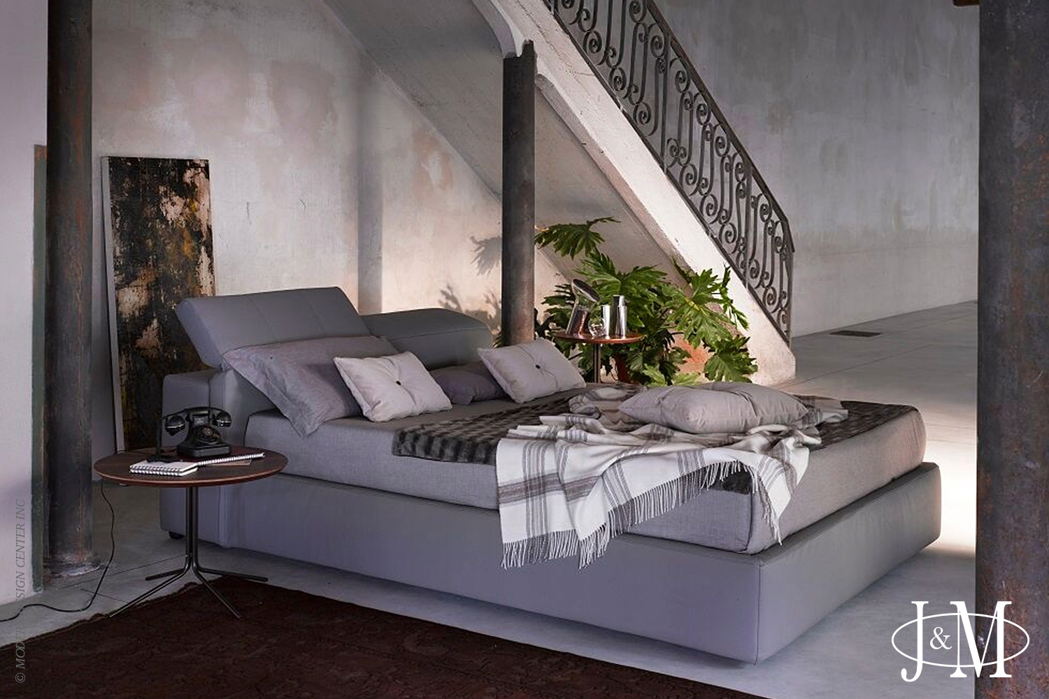 Tower Queen Bed D709 Grey | J&M Furniture