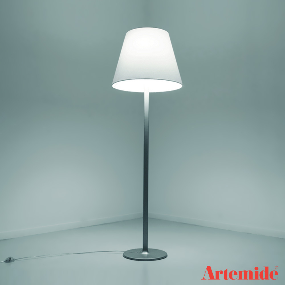 melampo floor lamp artemide metropolitandecor. Black Bedroom Furniture Sets. Home Design Ideas