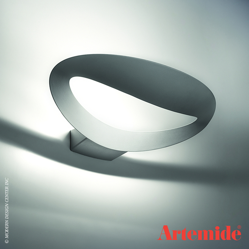 mesmeri led wall light artemide metropolitandecor. Black Bedroom Furniture Sets. Home Design Ideas