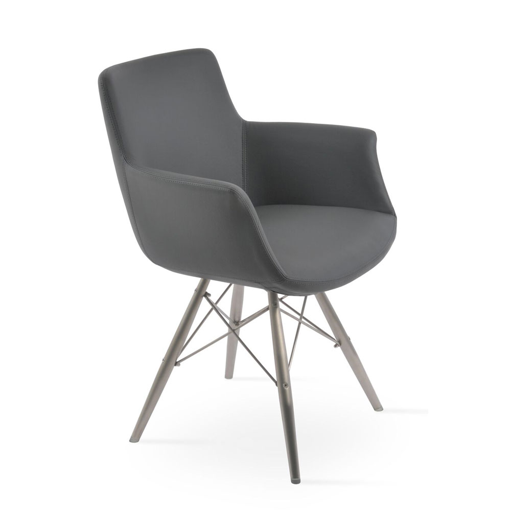 Bottega MW Arm Chair Leather | SohoConcept
