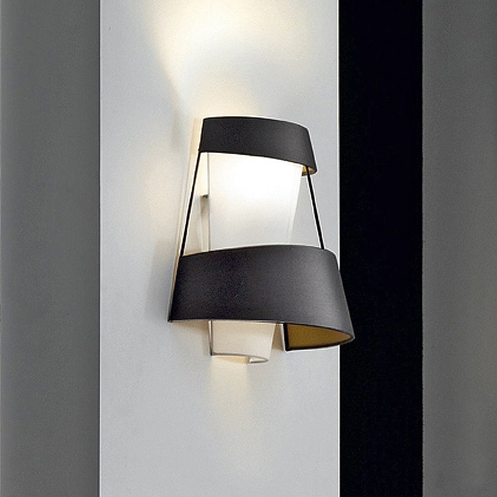 Crinolina Wall Light | Pallucco