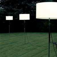 Harry Outdoor Floor Lamp | Carpyen