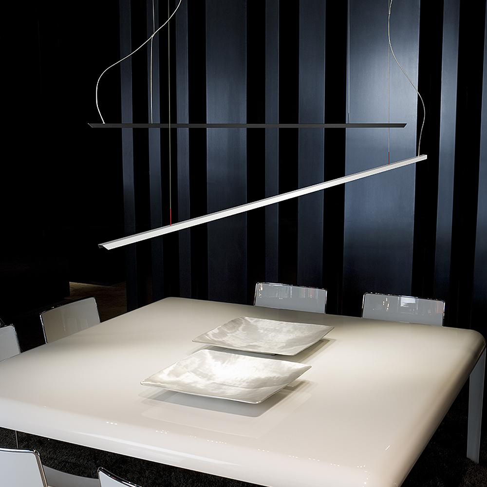 Lineal LED Pendant Light | Carpyen
