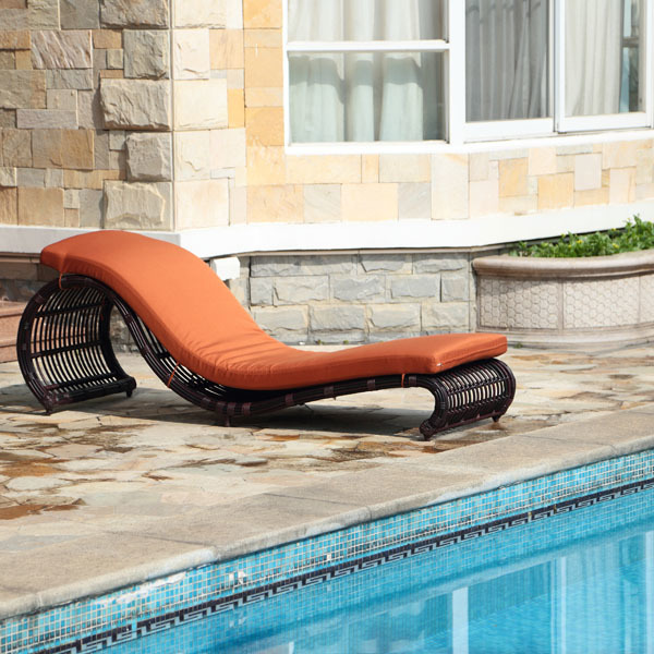 Onda Patio Lounge Chair | Ceets