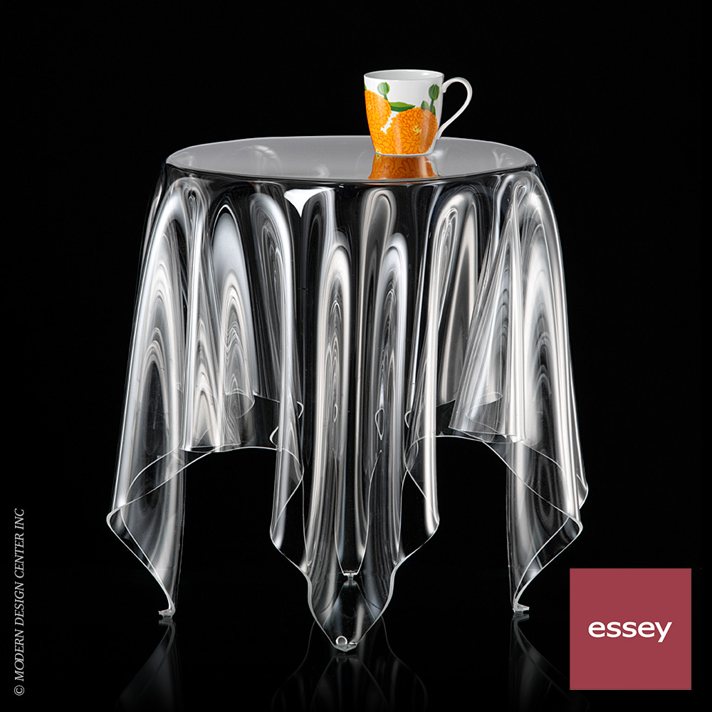 Grand Illusion Table Clear | Essey
