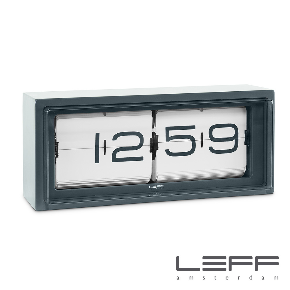 Brick Vintage Flip Clock | Leff Good Ideas