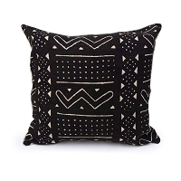 Nomad Pillow Square Black | Regina Andrew