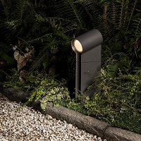 Oblique LED Floor Outdoor Light with Ground Spike | Artemide