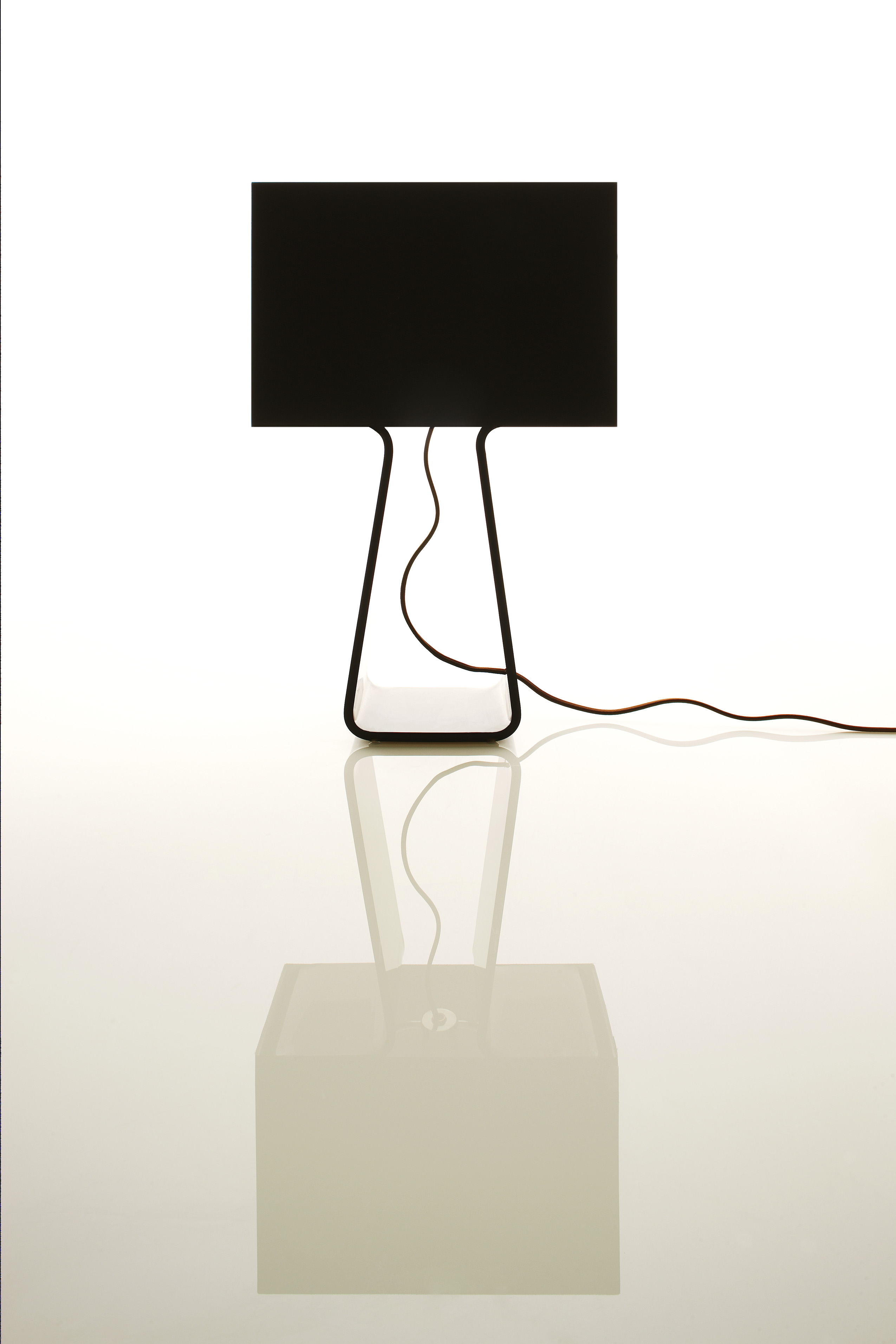 Tube Top 21 Classic Table Lamp | Pablo Designs