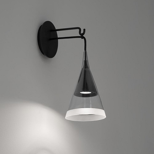 Vigo LED Wall Light | Artemide