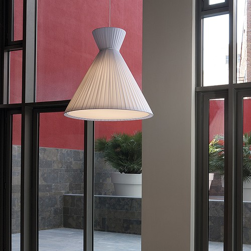 Mandarina Pendant Light | Carpyen